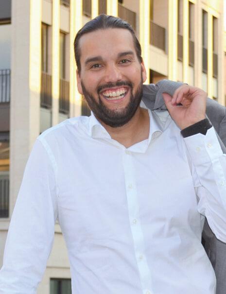 Timo Joh Mayer<br /> Produzent & Kamera